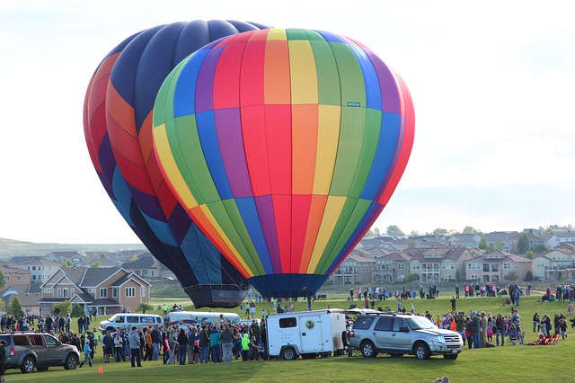 top things to do in Colorado include a hot air balloon ride